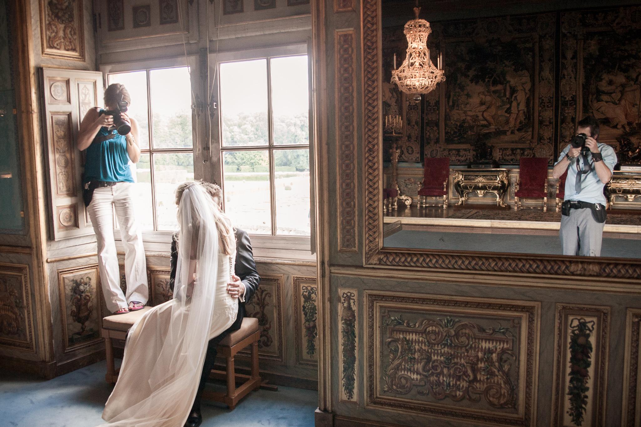 Katie and Kevin on the job in Paris, Château de Vaux-le-Vicomte
