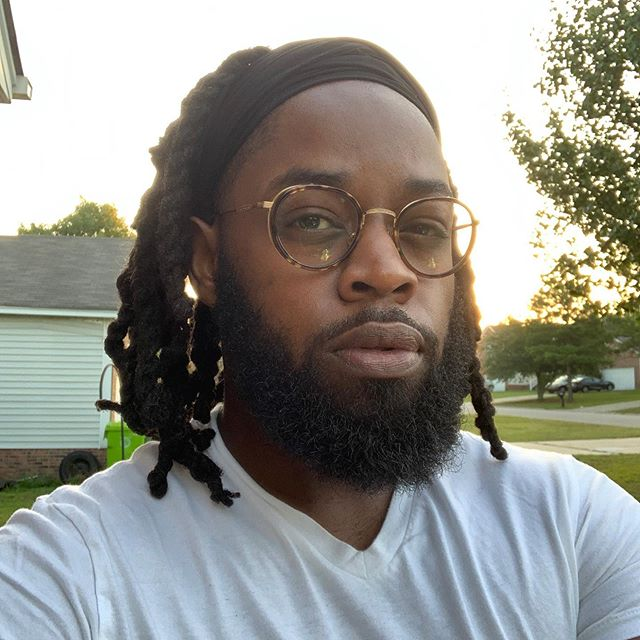 No news is good news.  Haven't posted in a while but please believe I am working.  Frames by @seeeyewear #brooklyn #southcarolina #selfie #newyork #seeeyewear #glasses #eyewear #locstylesformen #beard #menwithlocs #loclivin