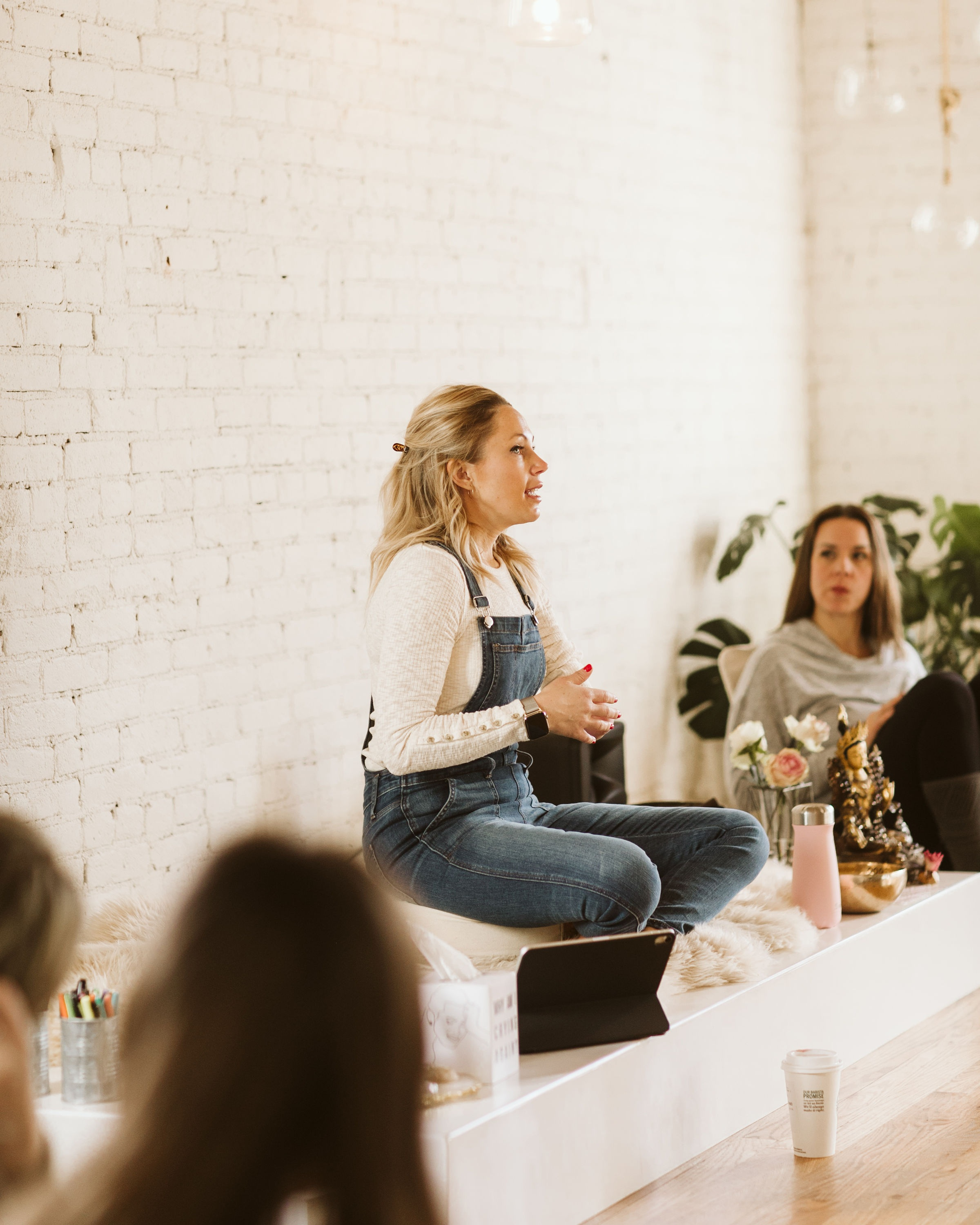 Step into self-acceptance - This 3-part course is designed to help women identify, navigate and change the narrative identity we've come to believe about our lives.Take a deep-dive look into your past to identify the root of hurt, insecurities and self-limiting behaviors. Learn how to change the plot and your mindset.Discover and believe that you are deserving and worthy of feeling seen.