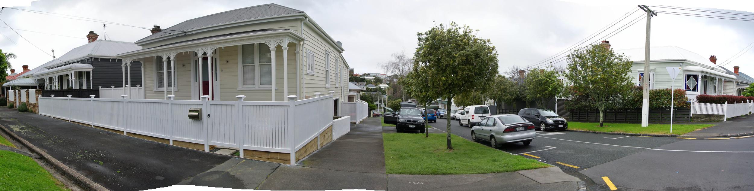Murdoch Road Panorama.jpg