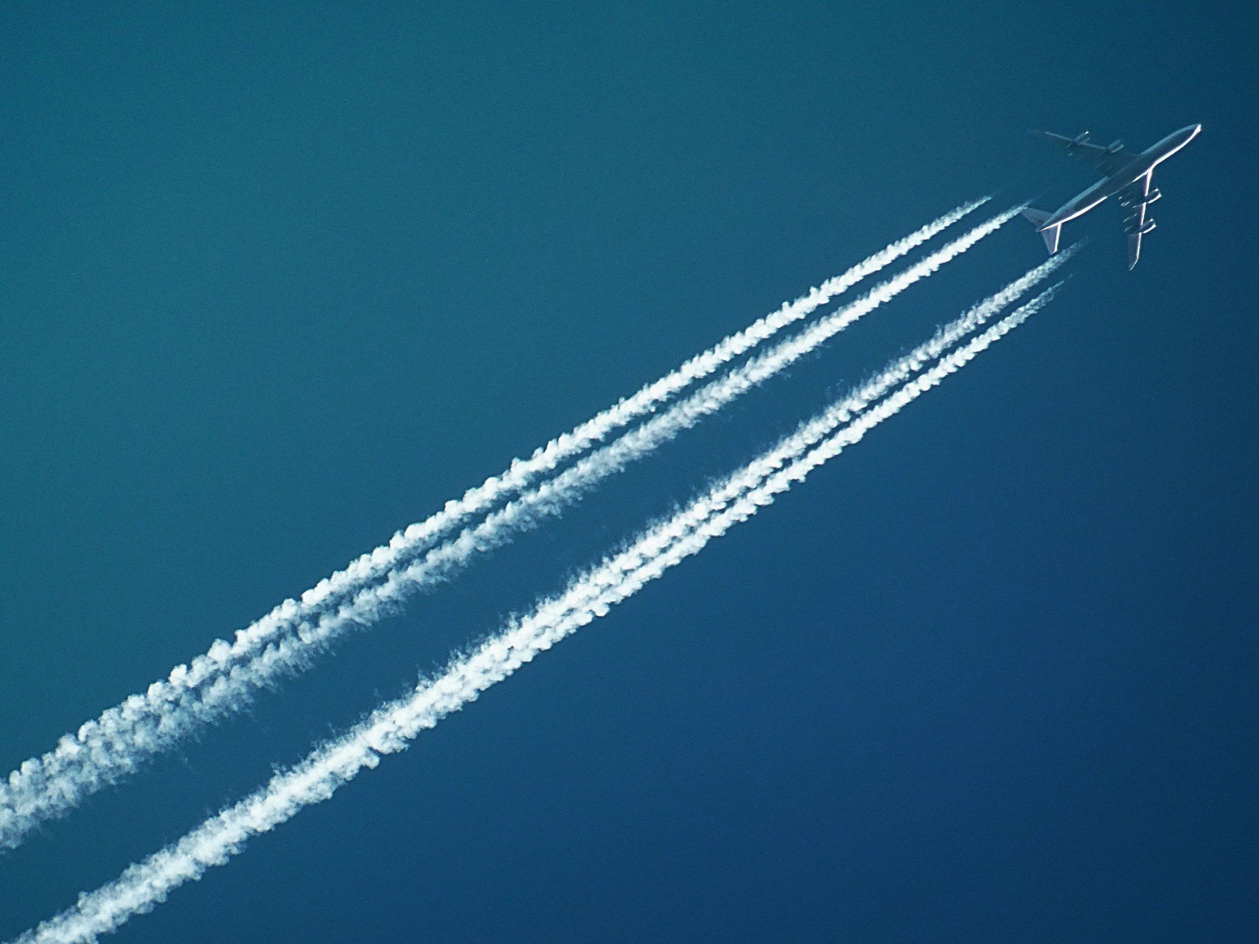 air-aircraft-airplane-728824.jpg