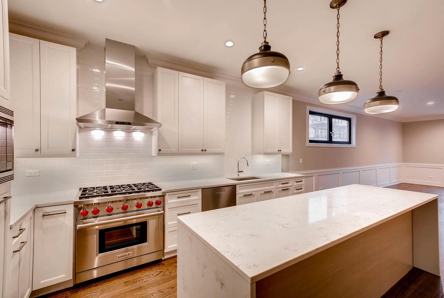877 N HERMITAGE AVE UNIT 1-large-005-9-Kitchen-1492x1000-72dpi.jpg