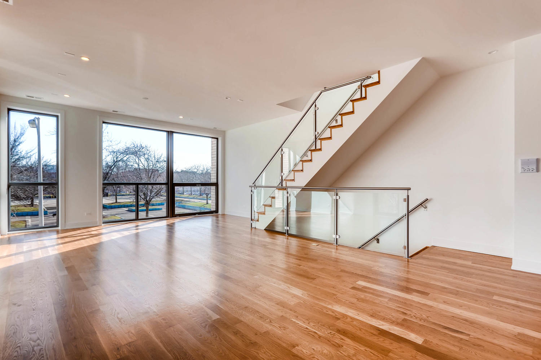 1634 W Augusta Blvd Chicago IL-large-012-13-2nd Floor Living Room-1500x1000-72dpi.jpg