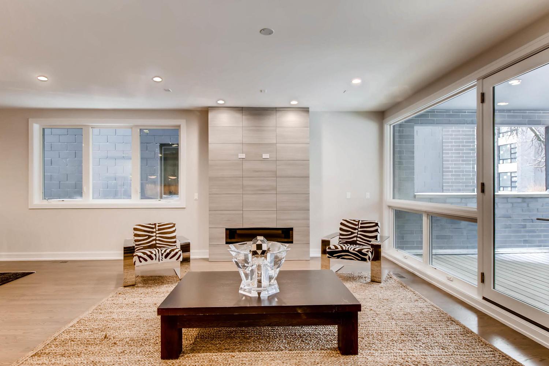 2869 W Lyndale Unit 1 Chicago-large-007-6-Living Room-1500x1000-72dpi.jpg