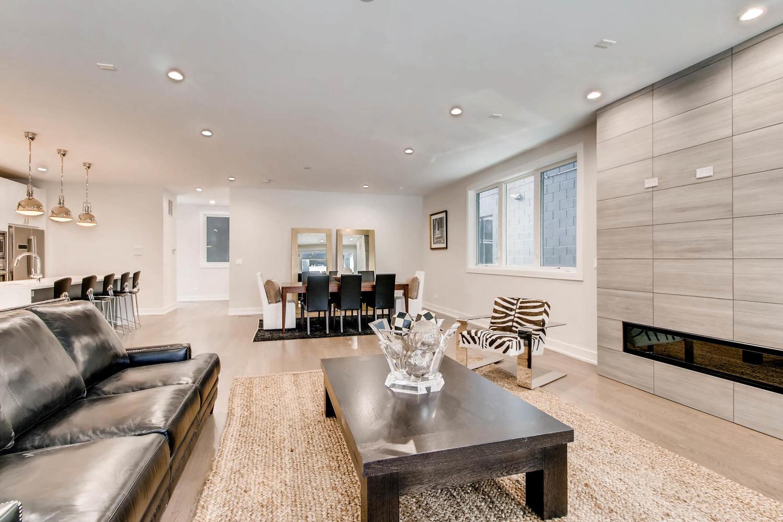 2869 W Lyndale Unit 1 Chicago-large-005-2-Living Room-1500x1000-72dpi.jpg