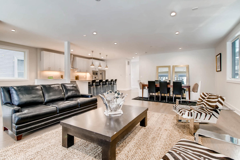 2869 W Lyndale Unit 1 Chicago-large-006-7-Living Room-1500x1000-72dpi.jpg