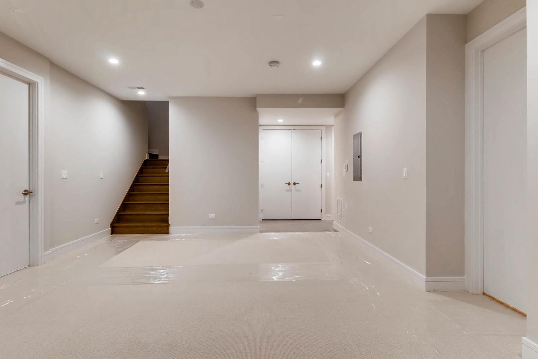 2869 W Lyndale Unit 1 Chicago-large-018-27-Lower Level Family Room-1500x1000-72dpi.jpg