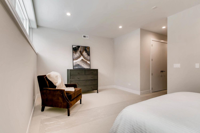 2869 W Lyndale Unit 1 Chicago-large-020-22-Lower Level Master Bedroom-1500x1000-72dpi.jpg