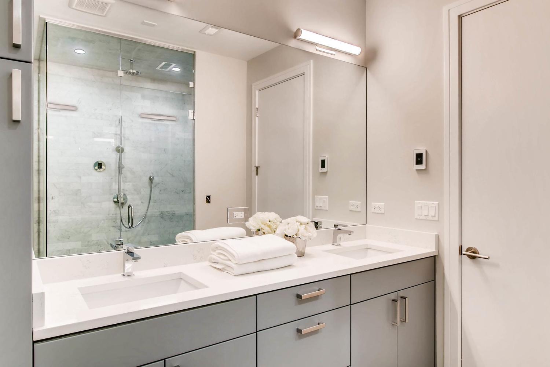 2869 W Lyndale Unit 1 Chicago-large-021-19-Lower Level Master Bathroom-1500x1000-72dpi.jpg