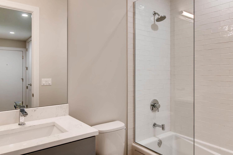 2869 W Lyndale Unit 1 Chicago-large-023-24-Lower Level Bathroom-1500x1000-72dpi.jpg