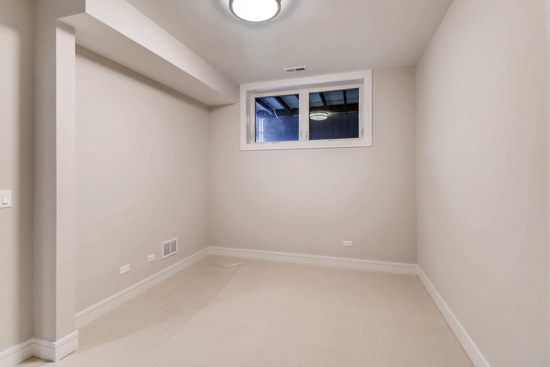 2869 W Lyndale Unit 1 Chicago-large-024-12-Lower Level Bedroom-1500x1000-72dpi.jpg