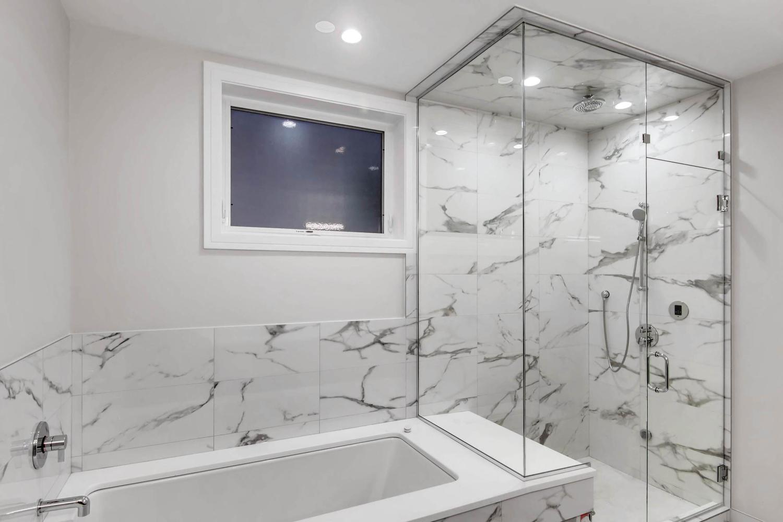 Master Bathroom at 877 N Marshfield Ave Unit 1, Chicago, IL