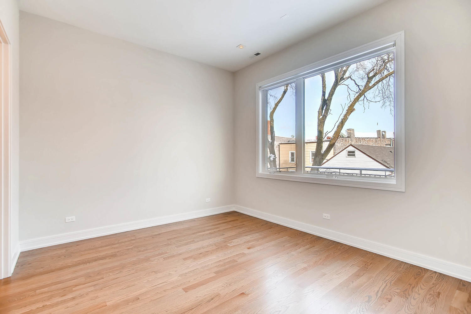 Master bedroom at 877 N Marshfield Ave Unit 3, Chicago, IL