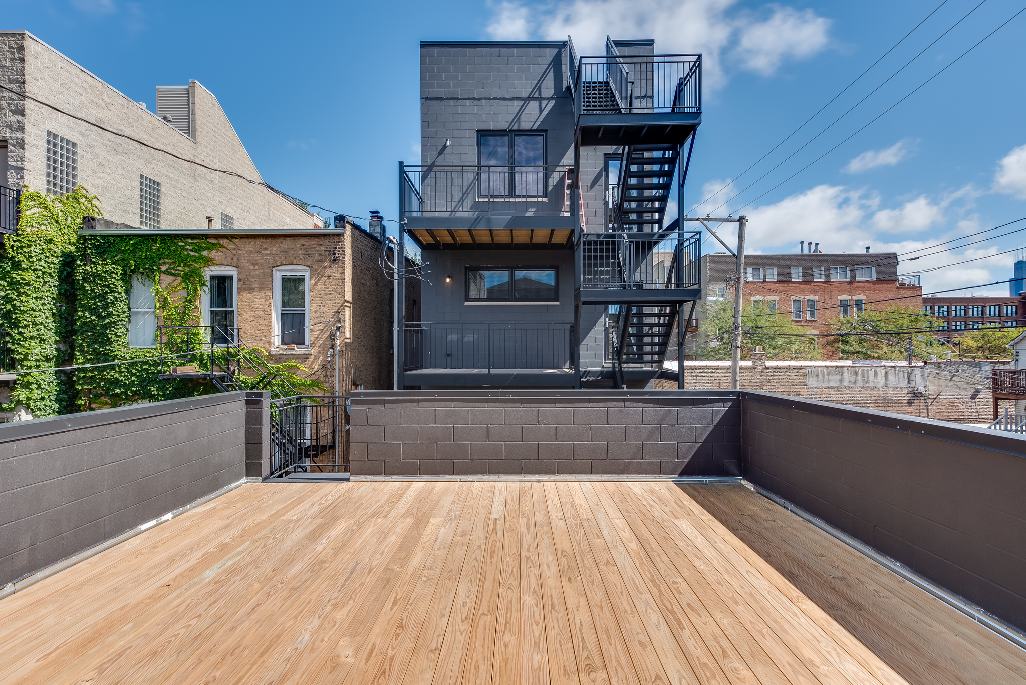 Garage roof deck at 1012 N Paulina St Unit 1, Chicago, IL