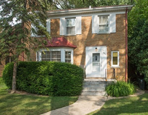 6833 n lowell ave. lincolnwood  3 bed / 2 bath single family value-add / estate sale Seller representation
