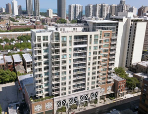 230 w division st. Chicago (the venetian)  1 bed / 1.5 bath condo old town Seller representation