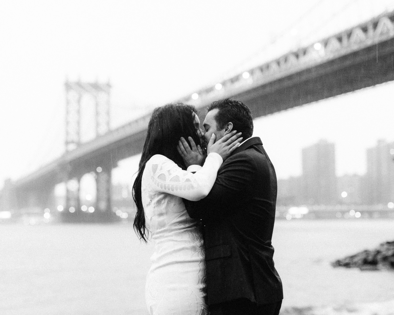 sammblake_newyork_kiss.jpg
