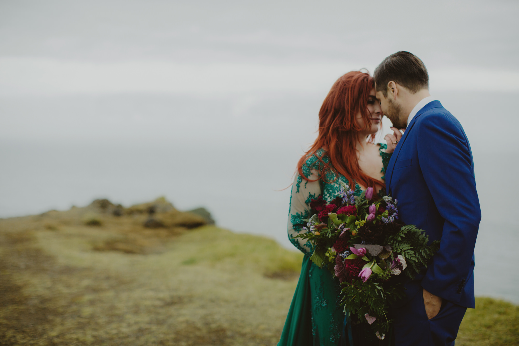 iceland_elopement_wedding_sammblake_051.jpg