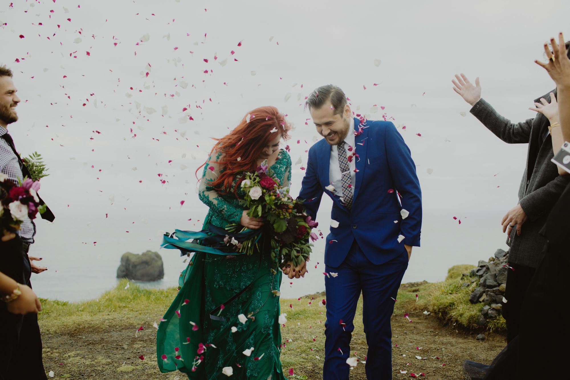 iceland_elopement_wedding_sammblake_052.jpg