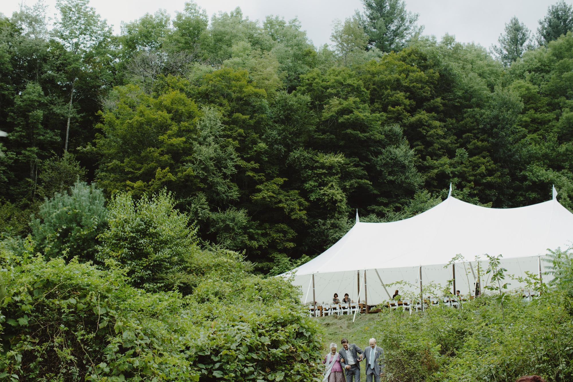 catskills_big_indian_springs_upstate_NY_wedding_sammblake045.jpg