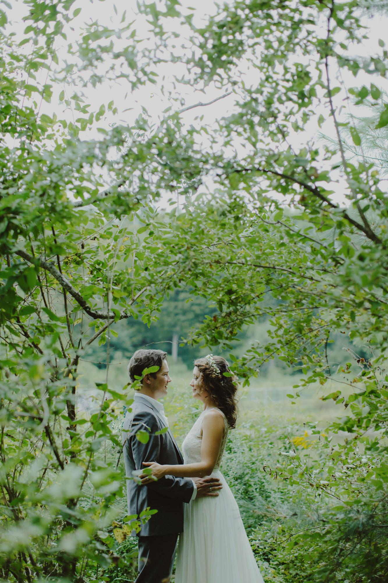 catskills_big_indian_springs_upstate_NY_wedding_sammblake082.jpg