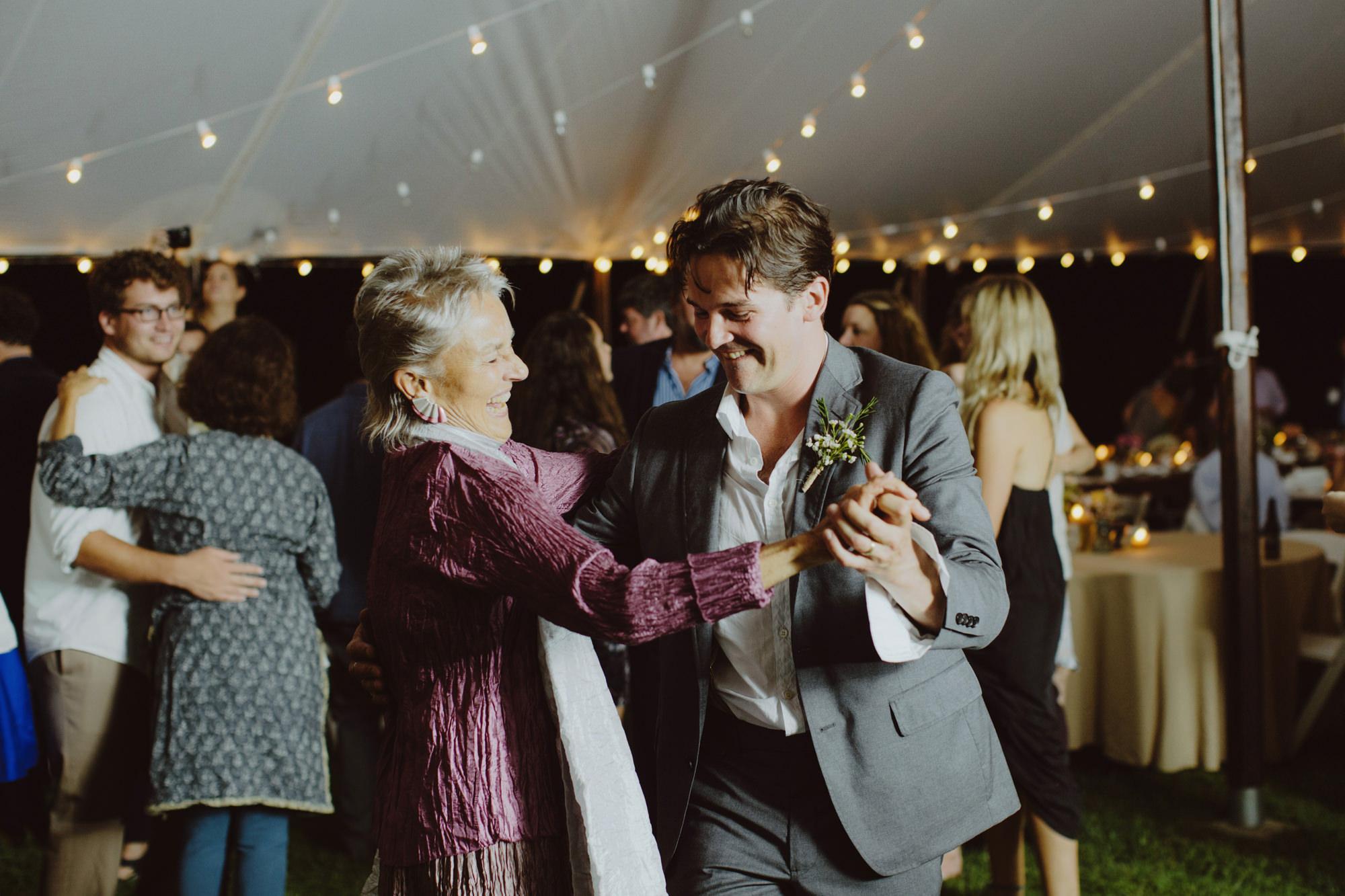 catskills_big_indian_springs_upstate_NY_wedding_sammblake124.jpg