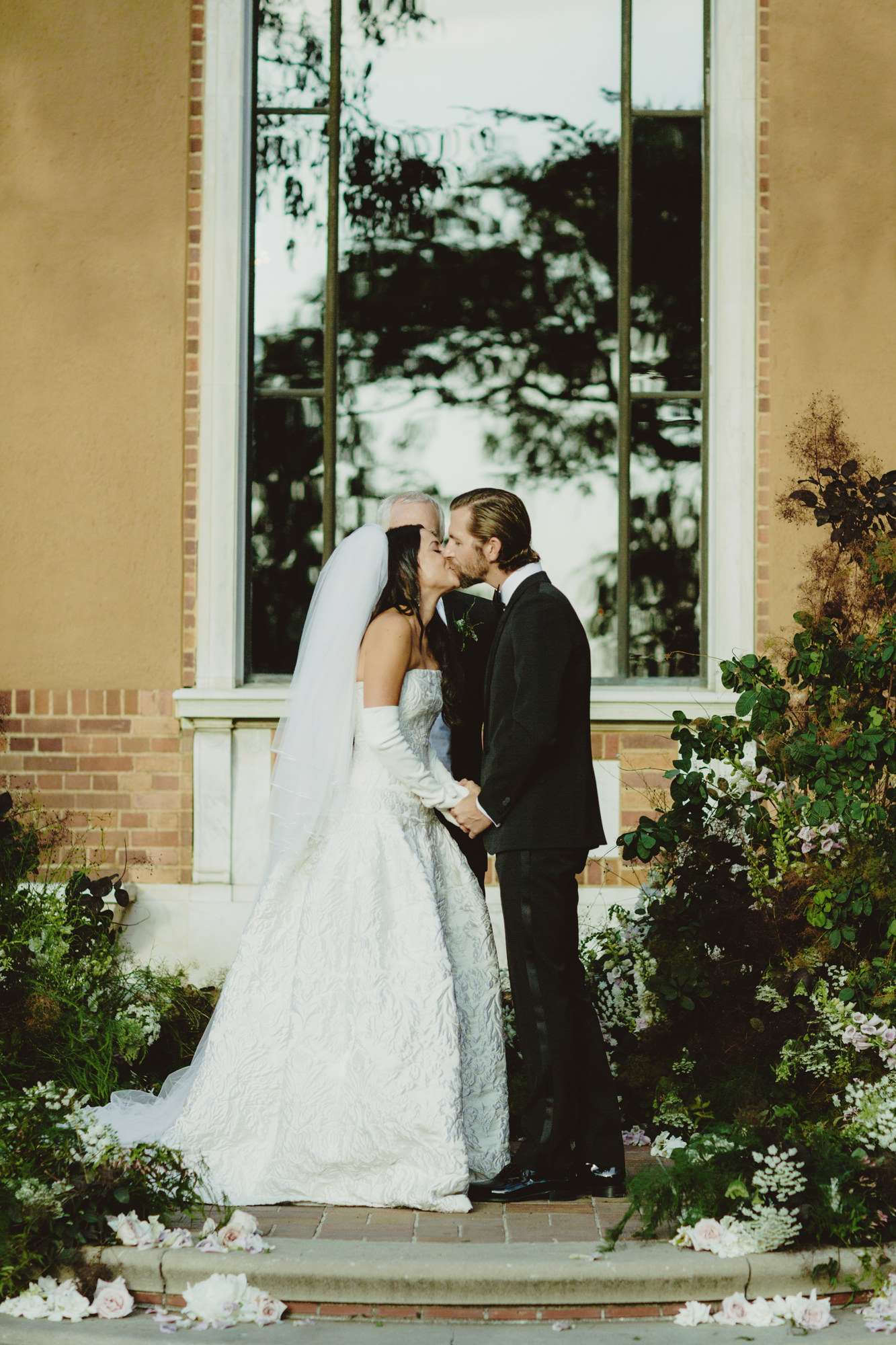 SAMMBLAKE_LOSANGELES_PARAMOUR_ESTATE_WEDDING_JSAW_0995.jpg