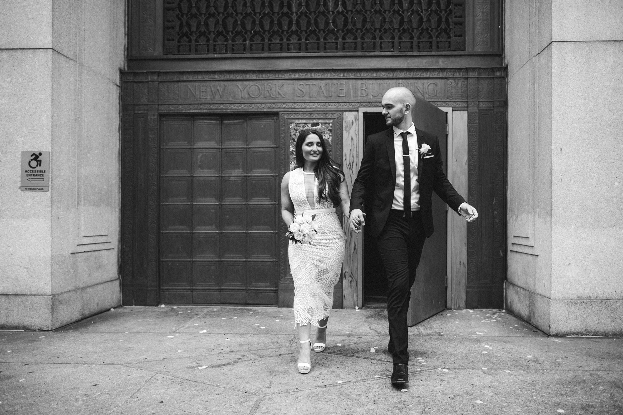 NYC_ELOPEMENT_CITYHALL_BROOKLYN_SAMMBLAKE_0020.jpg