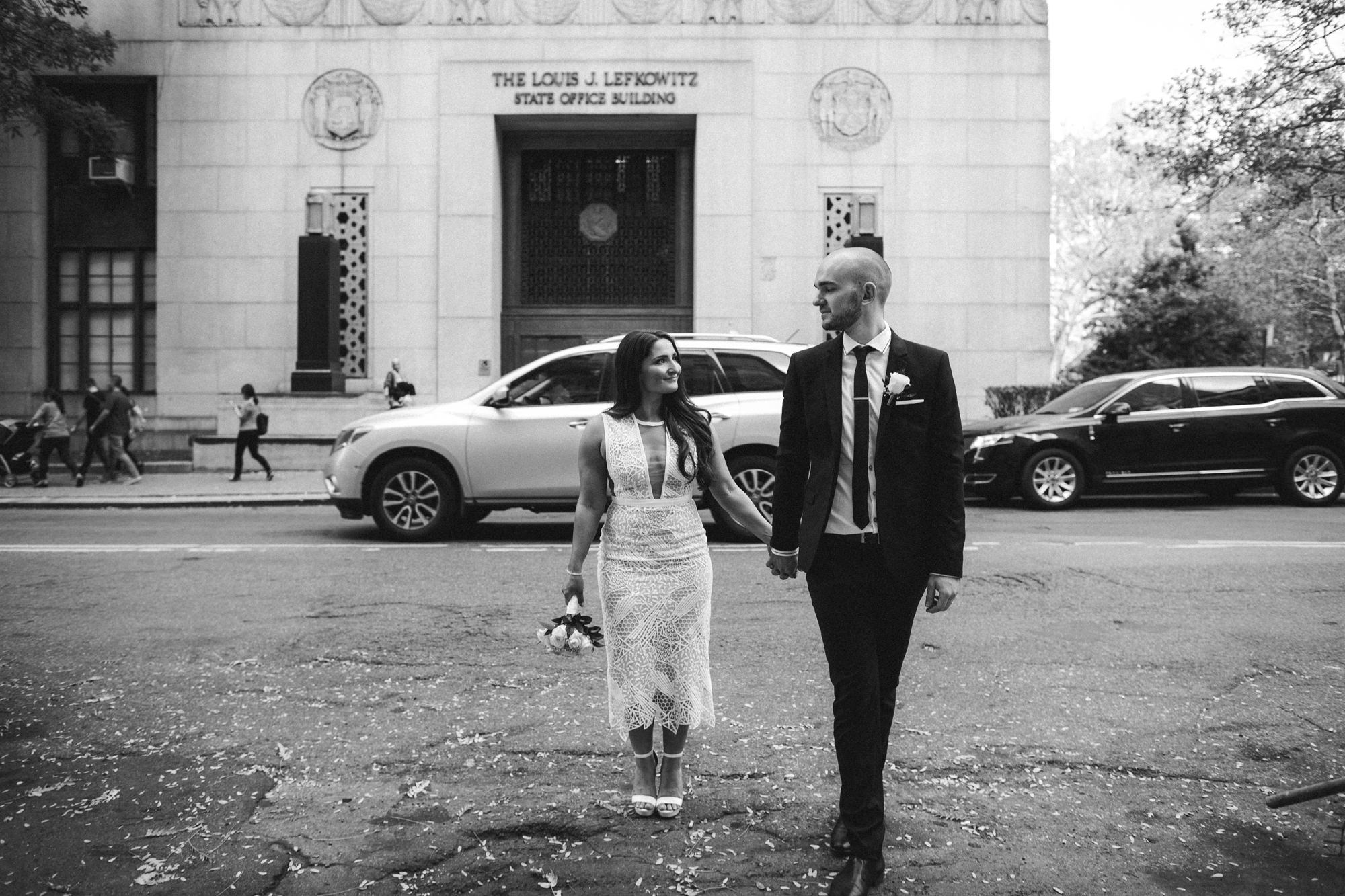 NYC_ELOPEMENT_CITYHALL_BROOKLYN_SAMMBLAKE_0023.jpg