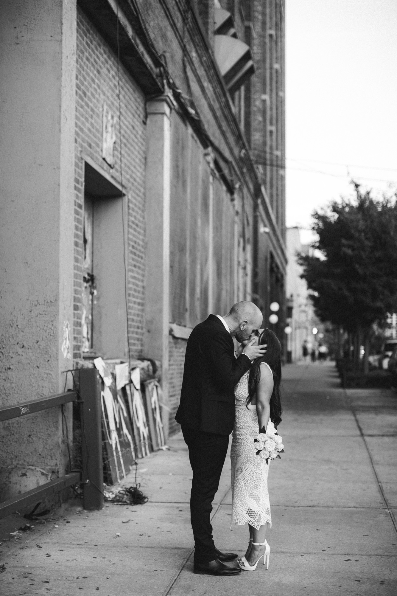 NYC_ELOPEMENT_CITYHALL_BROOKLYN_SAMMBLAKE_0048.jpg