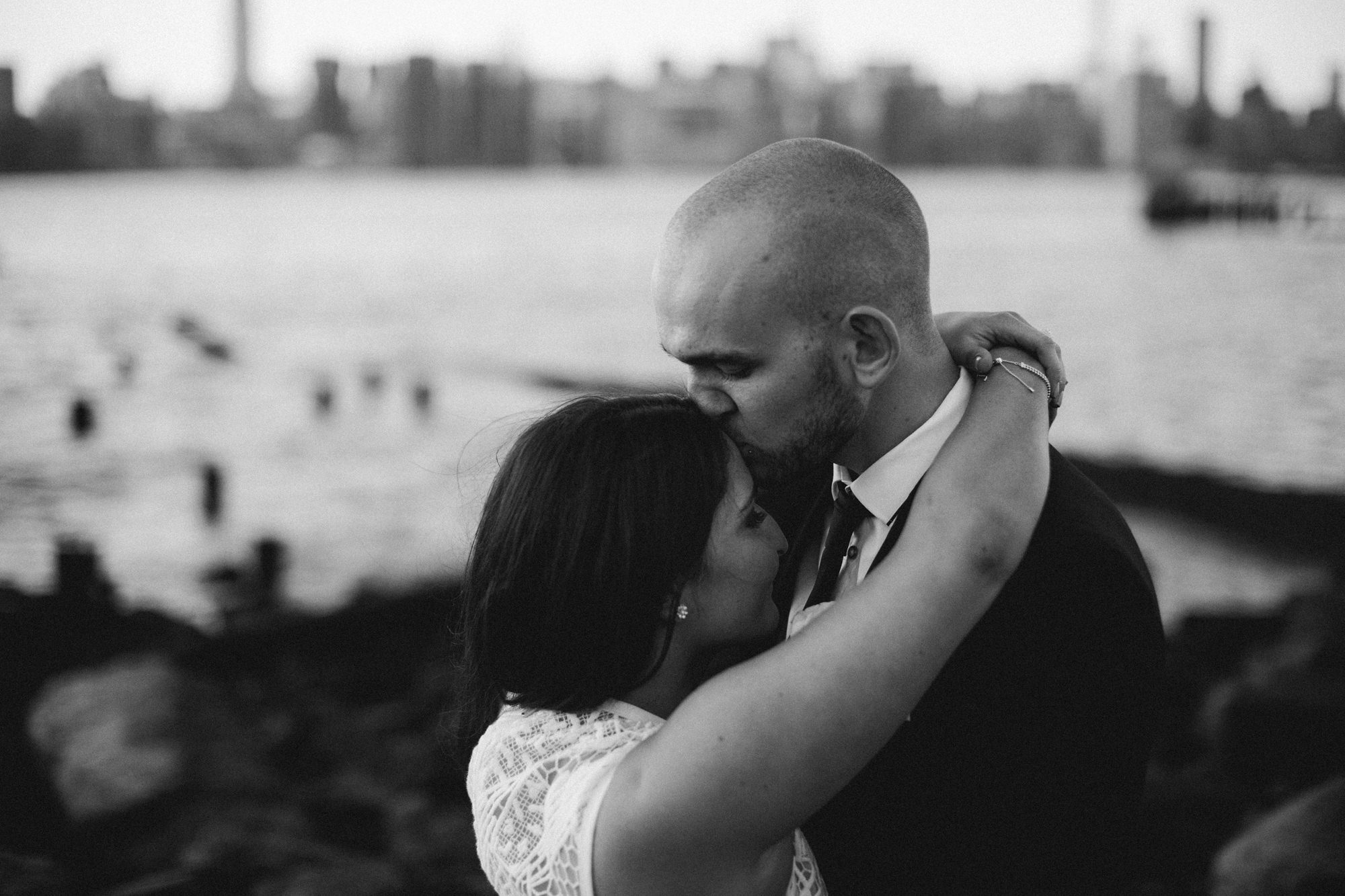 NYC_ELOPEMENT_CITYHALL_BROOKLYN_SAMMBLAKE_0054.jpg