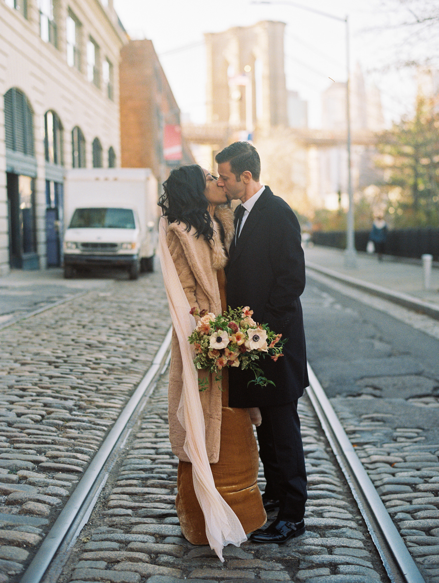 BROOKLYN_ELOPEMENT_SAMMBLAKE_NDE_024.jpg