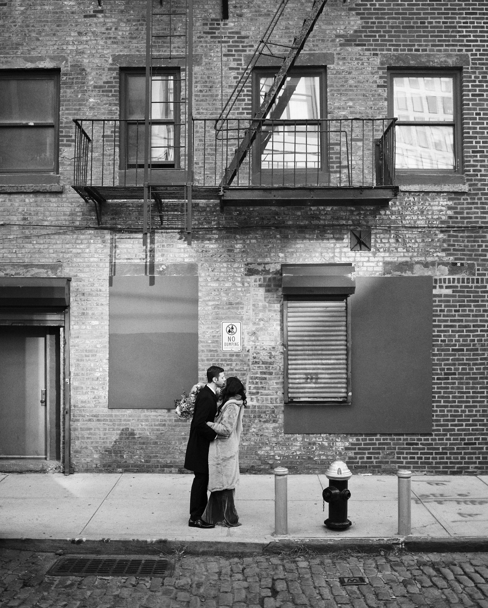 BROOKLYN_ELOPEMENT_SAMMBLAKE_NDE_174.jpg