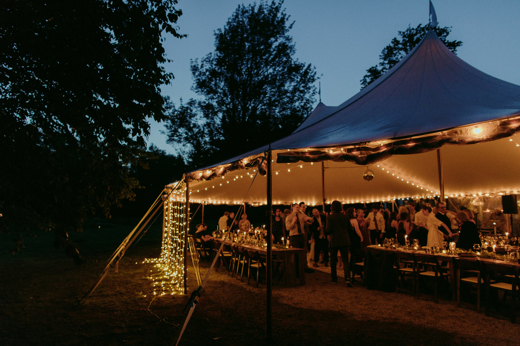 FOXFIREMOUNTAINHOUSE_CATSKILLS_WEDDING_SAMMBLAKE_PJW_0873.jpg