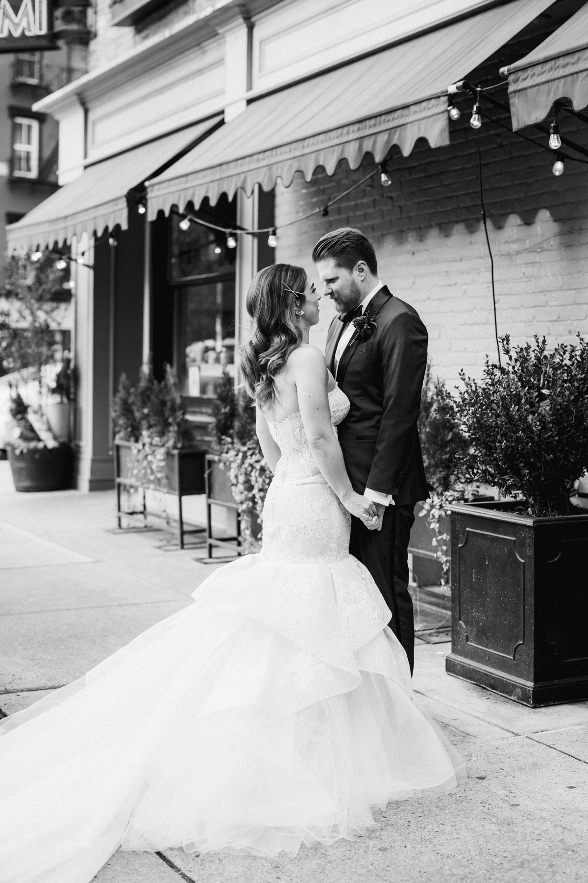 BoweryHotel_Wedding_Manhattan_NYC_SammBlakePhotographer_034.jpg