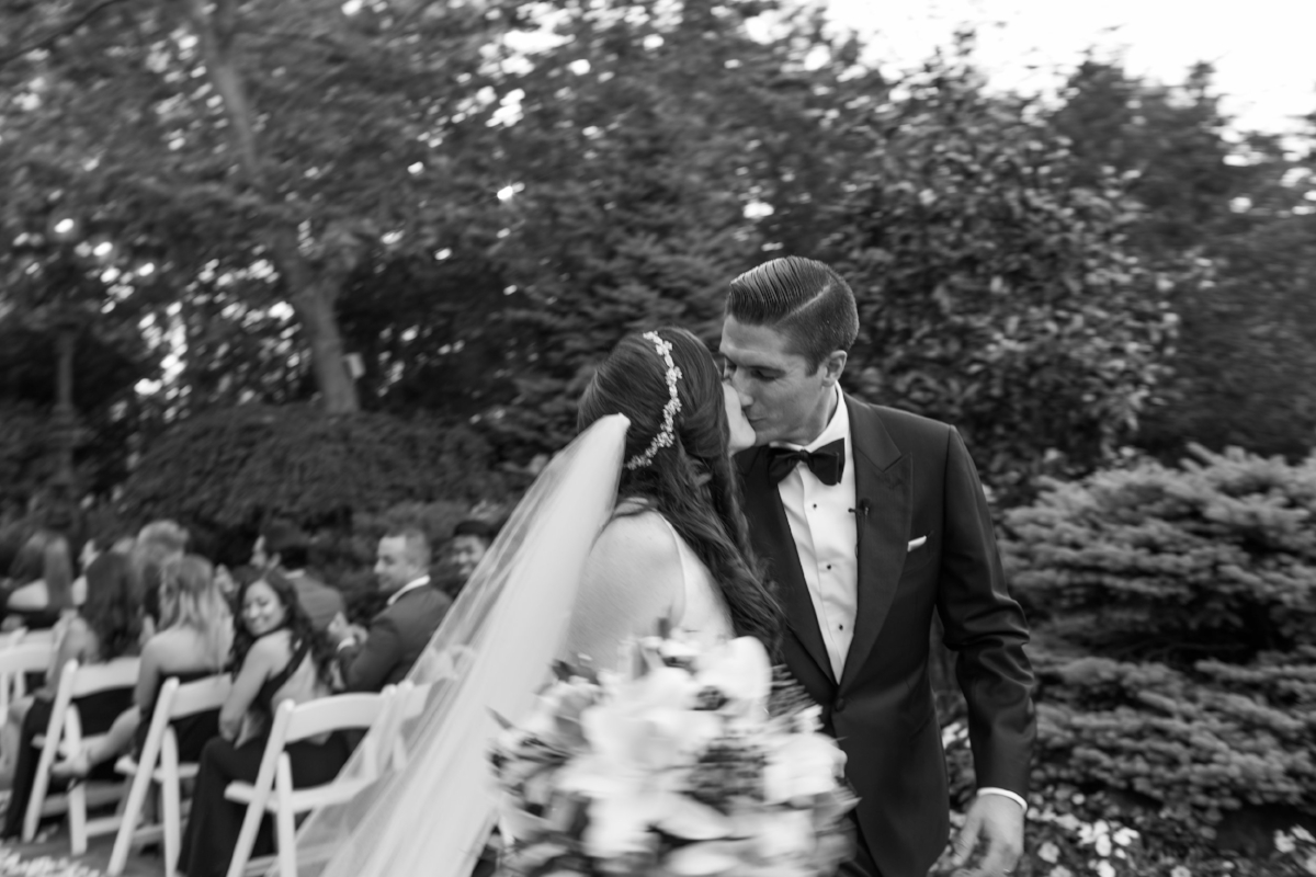 nj non-cheesy wedding photographer natural candid wedding photography