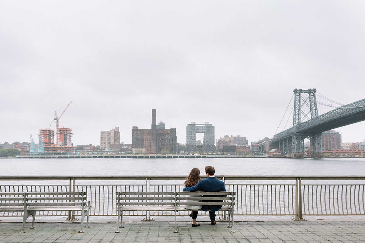 east river park engagement photos
