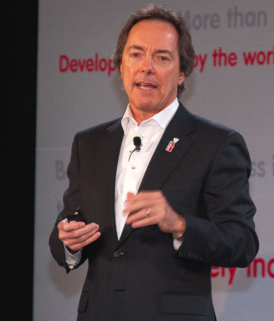 Jerry addresses global audience in Mexico City Conference