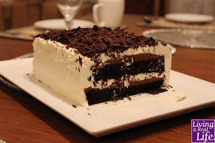 DELIA SMITH'S SQUIDGY CHOCOLATE CAKE