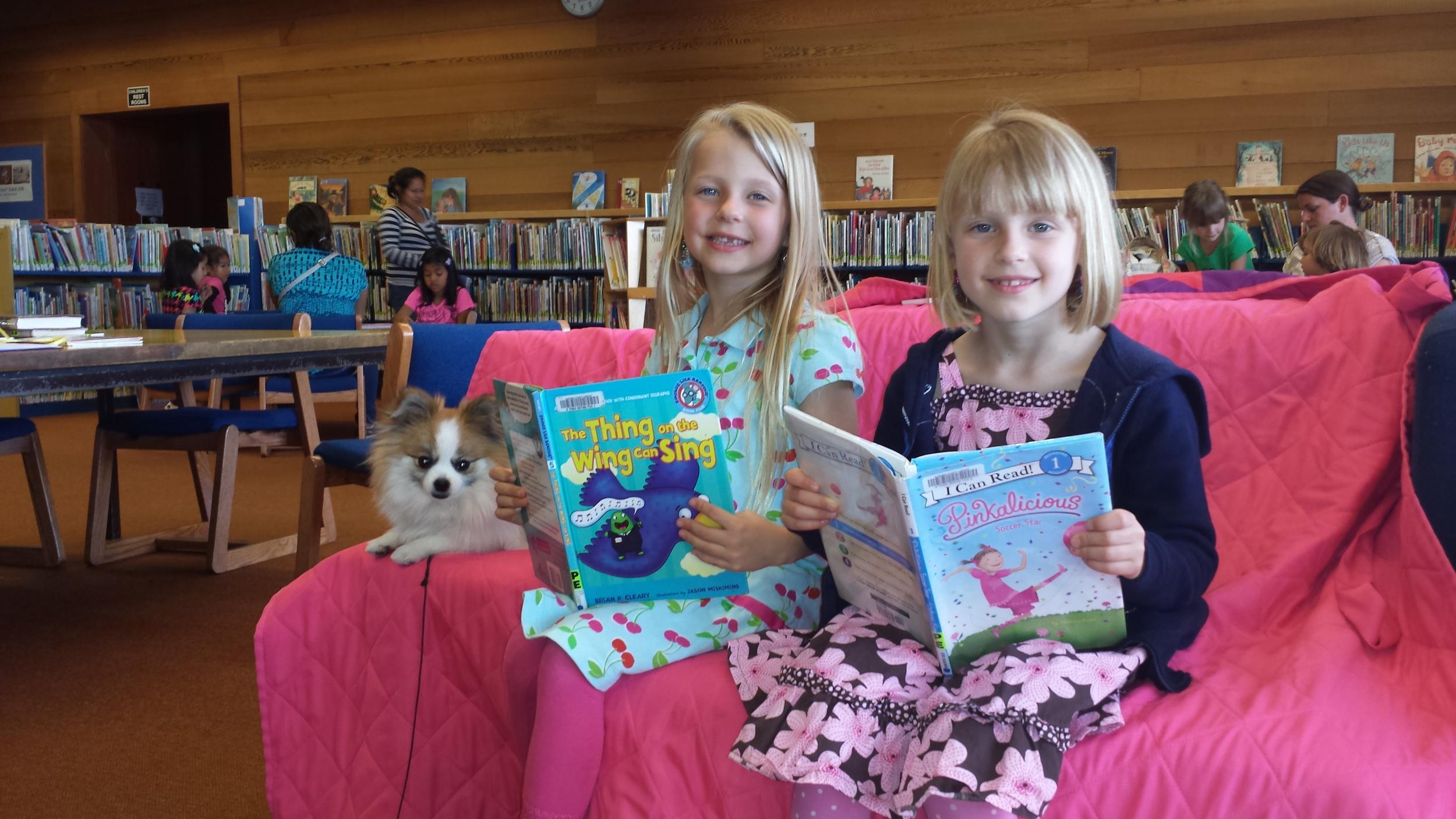Star reading 2 girls.jpg