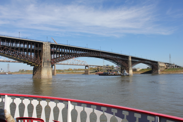 The main attractions on the river cruise were the bridges. I've always been fascinated by bridges and the people who design and build them. I think they exemplify some of the best things about human ingenuity.