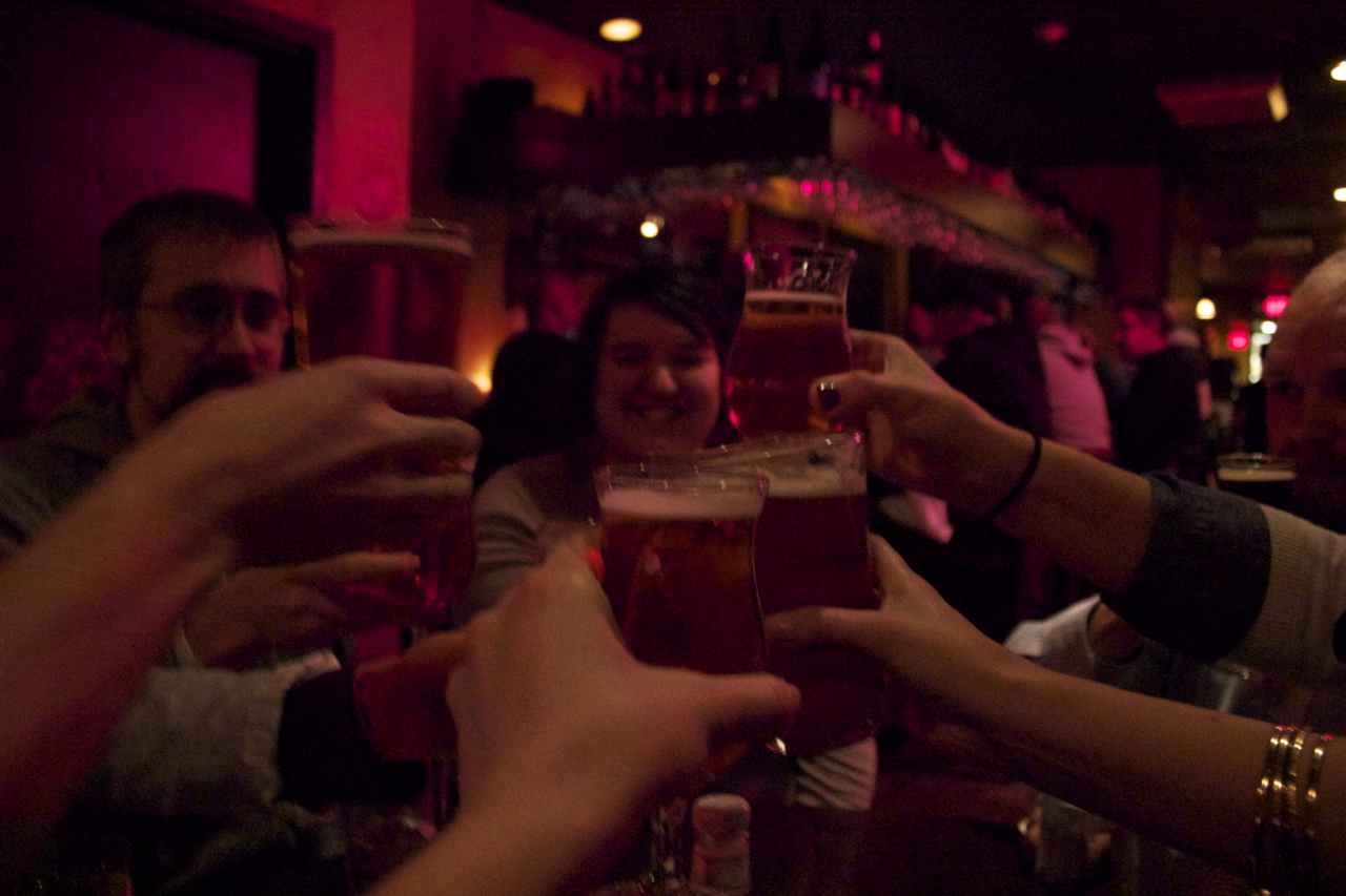 Cheers and farewell to the lovely dwellers of the Spruce House, and a big thank you for their hospitality.