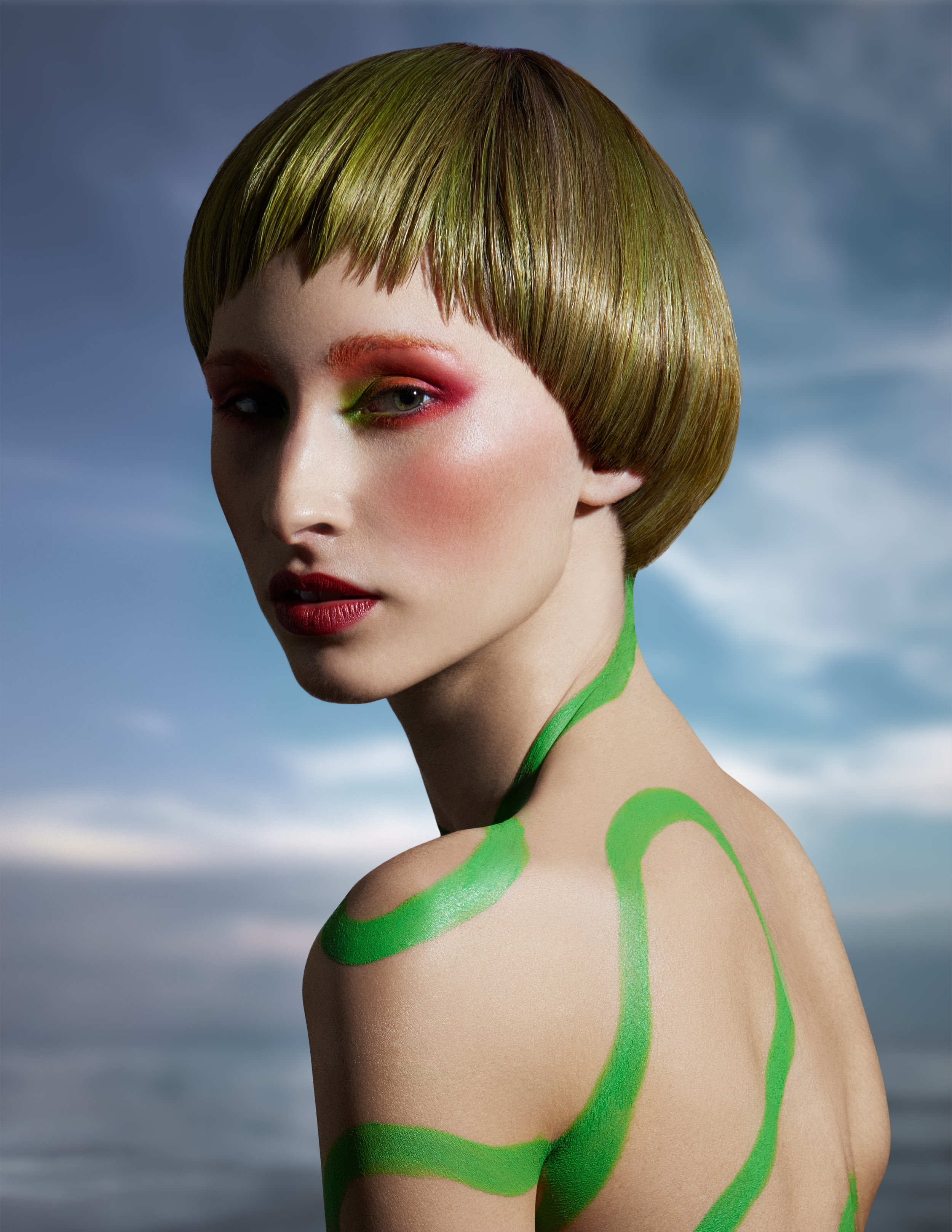 Color -  Lupe Voss  Art Direction -  Allen Ruiz  Cut -  Geno Chapman  Make-Up -  Anastasia Durasova  Photo -  Manuel Voss