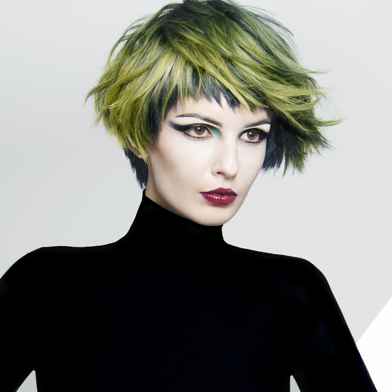 Green hair 2.jpg