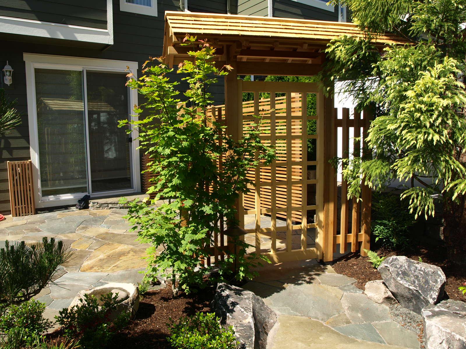 variegated-bluestone-patio.JPG