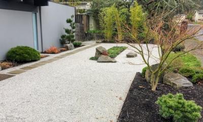 decomposed granite front yard