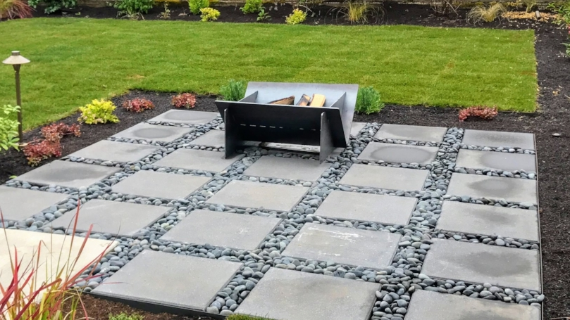 Modern steel fire pit by Stahl