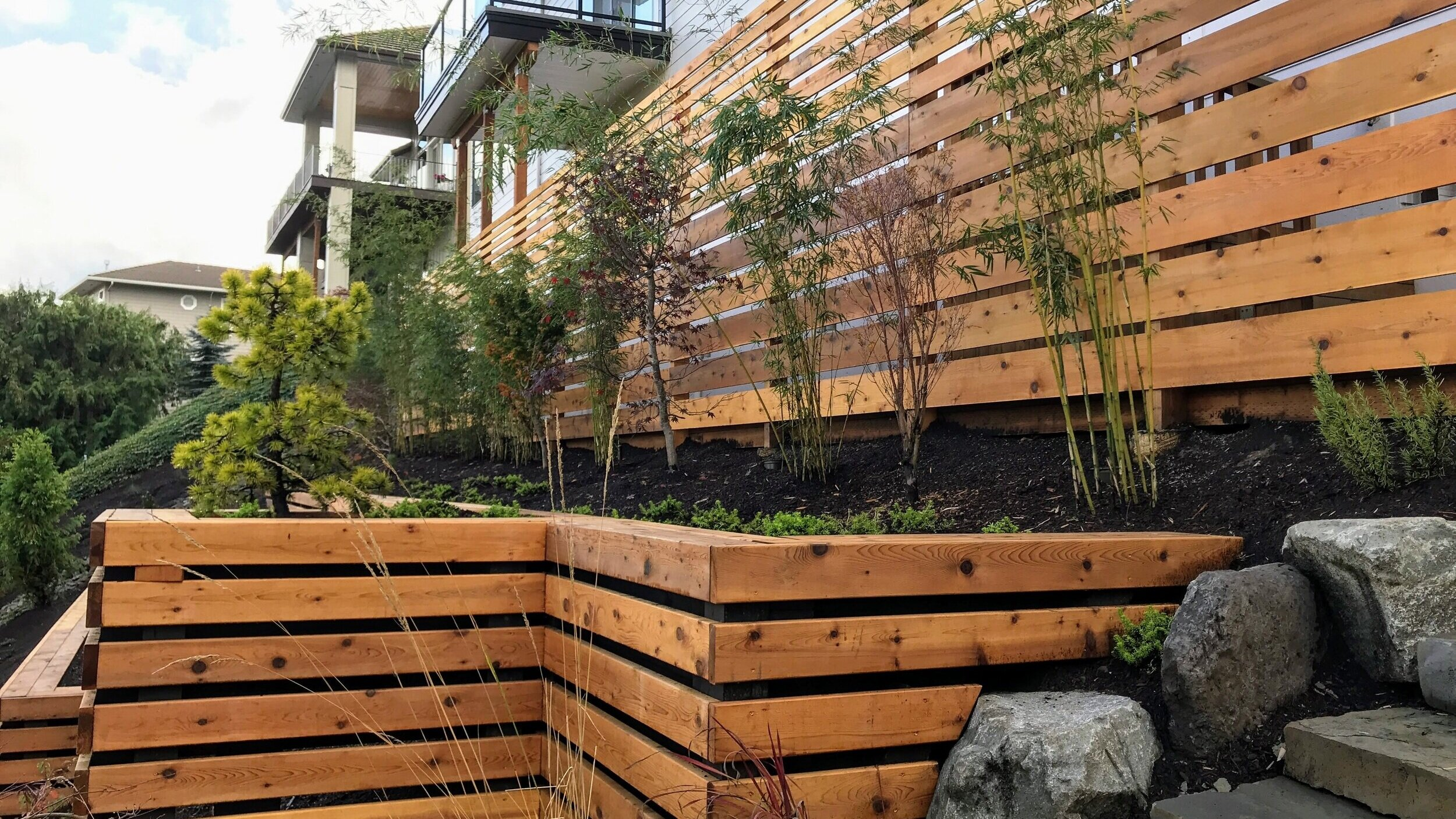 camas washington horizontal slat fence
