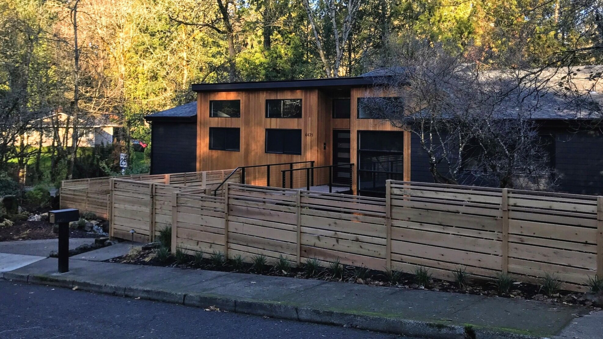 lake oswego custom fence by Ross NW Watergardens