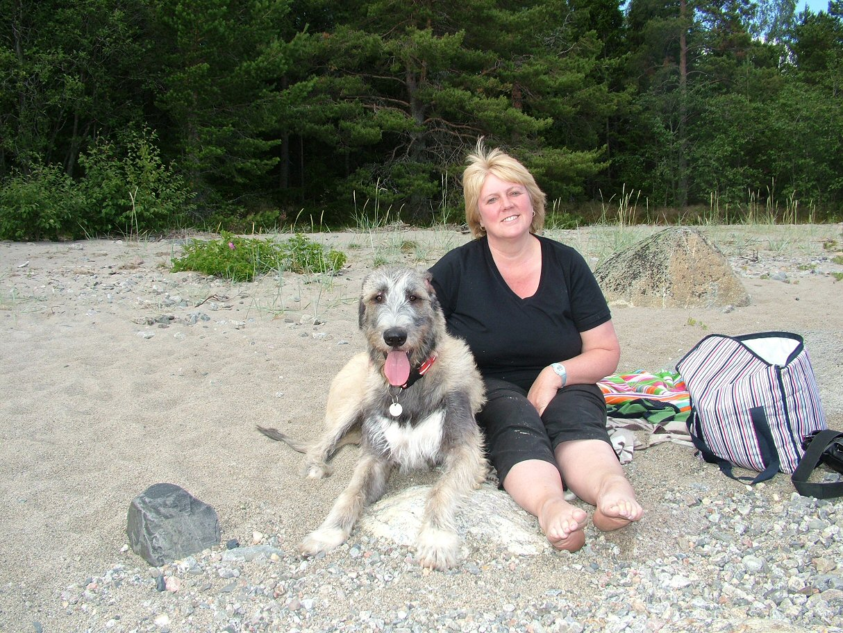Suz and Ellie at Gullvic beach